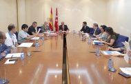 """Madrid crea una comisión para reducir conflictos que incluye a """"todo tipo de trabajadores sanitarios"""""""