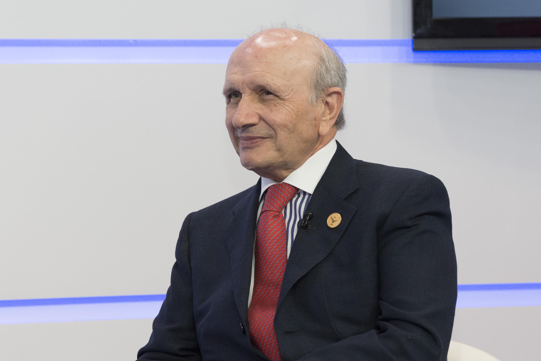 Máximo González Jurado abandona también la presidencia de la organización internacional EurHeCA y de la Fundación Europea de Investigación Enfermera