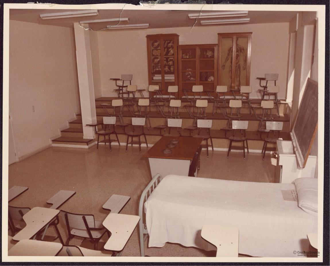 40 años de la enfermería en la Universidad, en el nuevo número de Enfermería Facultativa
