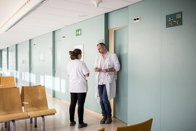 Las enfermeras que hacen turnos rotatorios de noche son más propensas a desarrollar diabetes