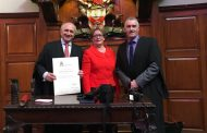 El Royal College of Surgeon de Irlanda reconoce la trayectoria profesional de Máximo González Jurado con la distinción Fellow ad Eudem