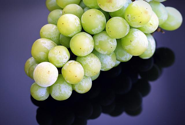 Las uvas de Nochevieja, la tercera causa de asfixia en menores de 5 años