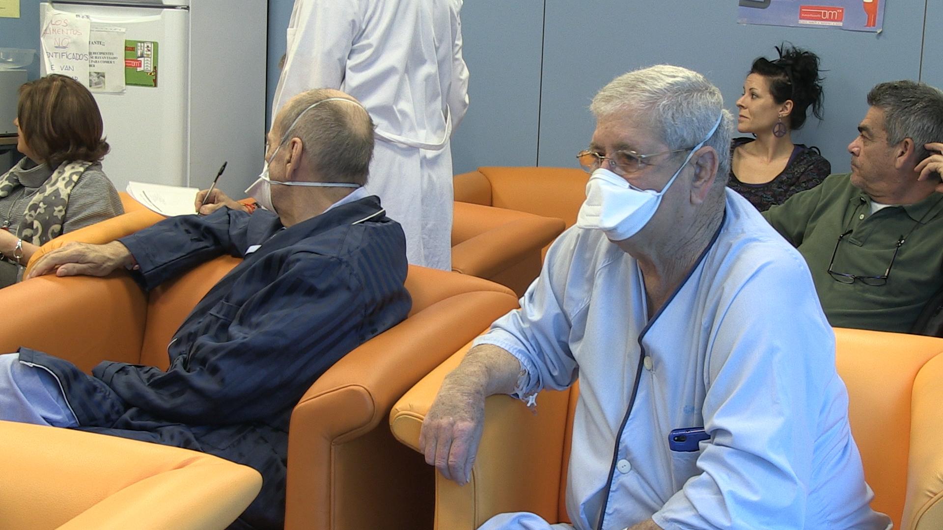 La enfermería prepara a pacientes trasplantados para una vida normal