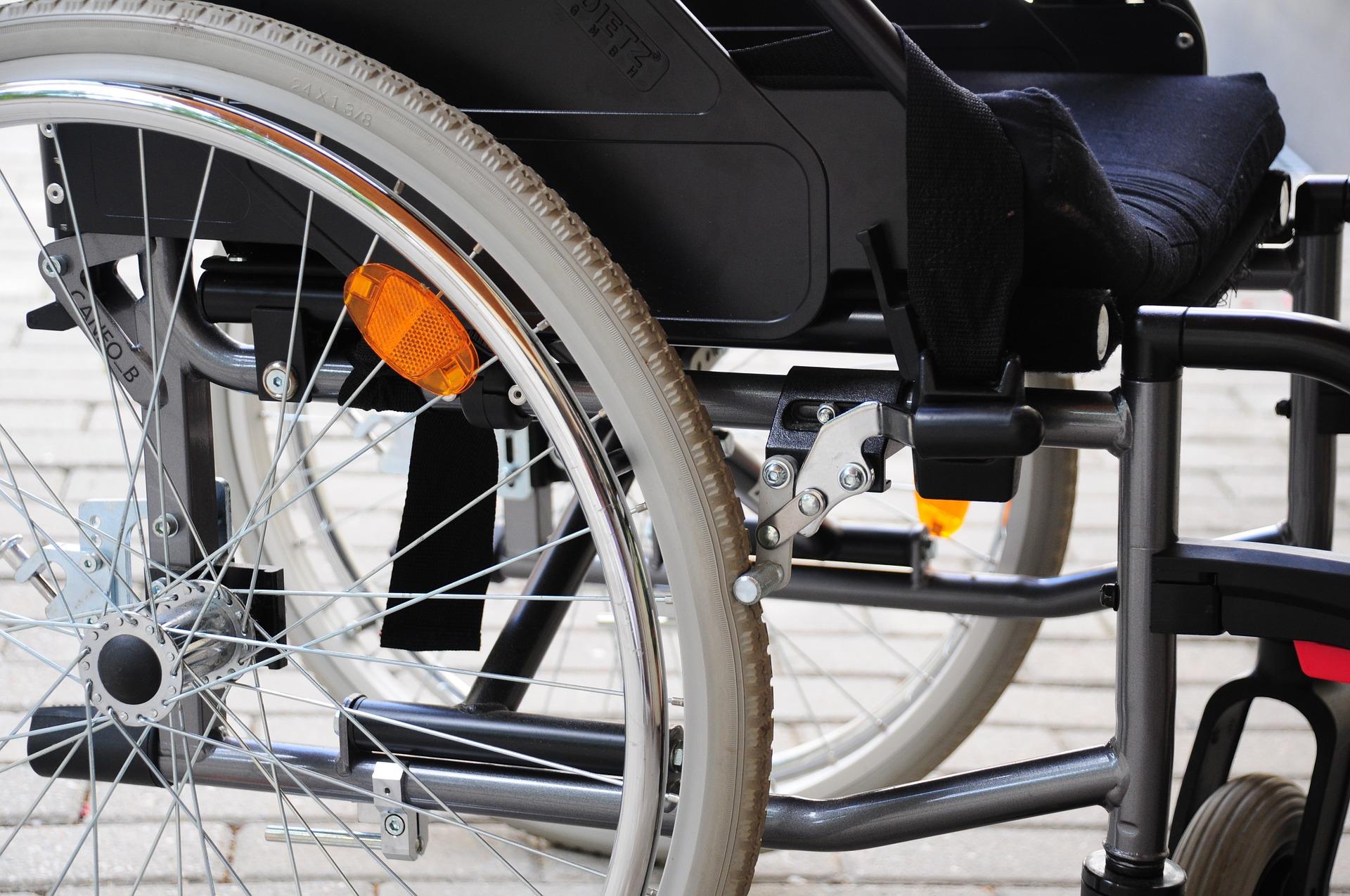 Los cuidados básicos de un paciente con lesión medular, a debate en Valencia