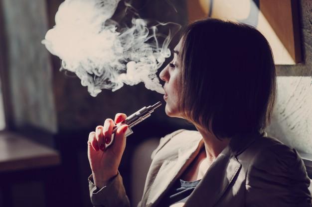 La nicotina líquida de los cigarrillos electrónicos, un peligro para los niños