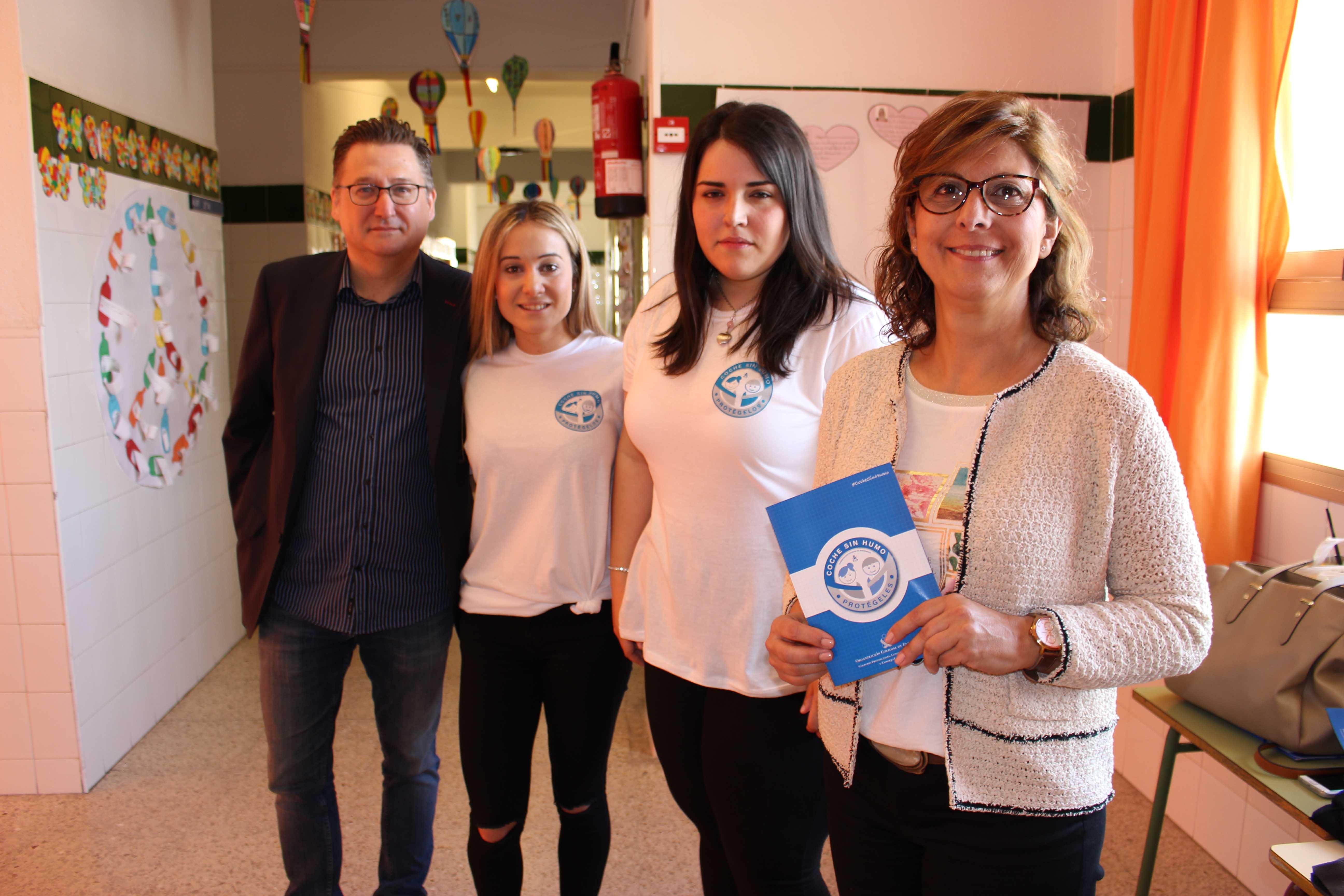 """El Colegio de Enfermería de Alicante abre en Elche la campaña """"Coche Sin Humo. Protégelos"""""""