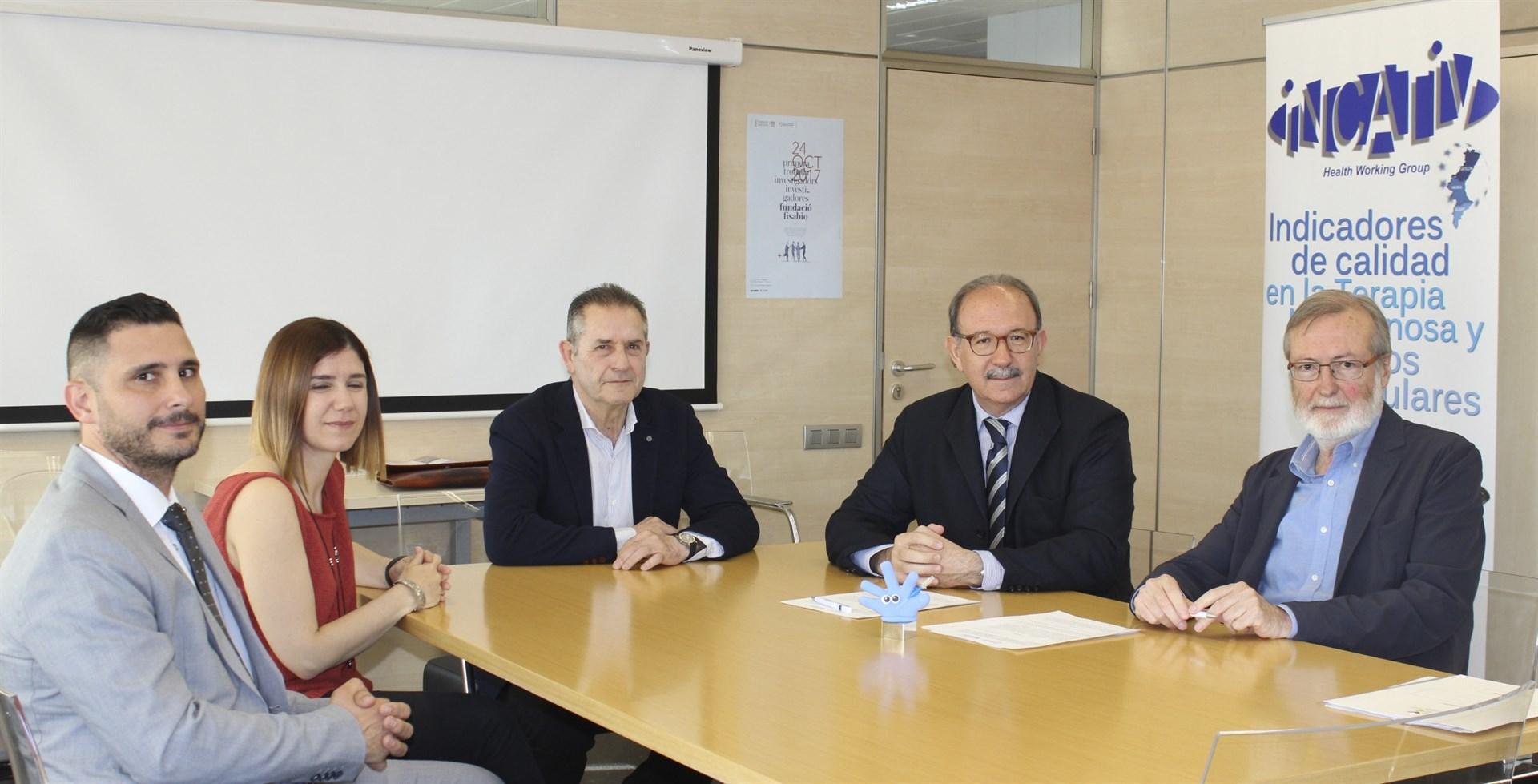 Cecova y Fisabio implantarán un programa de terapia intravenosa en todos los centros sanitarios valencianos