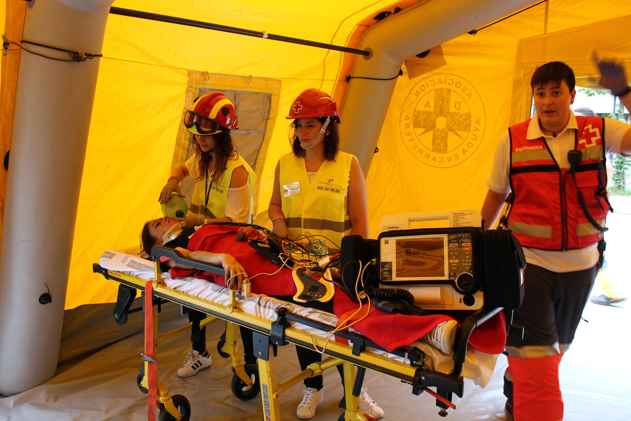 Cerca de 70 personas participan en un simulacro de incendio en la residencia Amavir Argaray de Pamplona