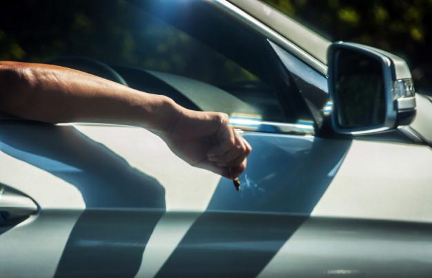 Cataluña se une a la lucha contra el tabaco en los coches