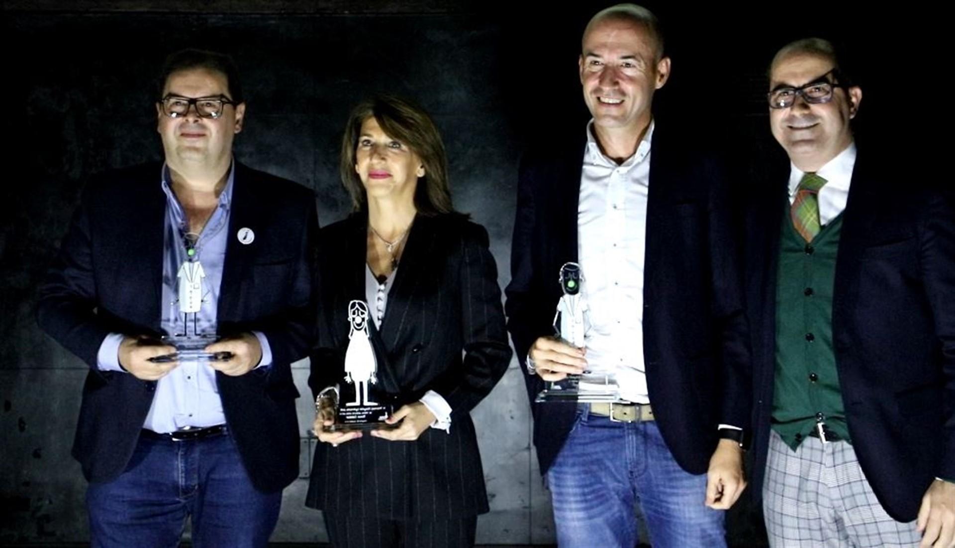El Hospital de Guadarrama (Madrid) y su gerente, la enfermera Rosa Salazar, ganadores de los premios Hospital Optimista