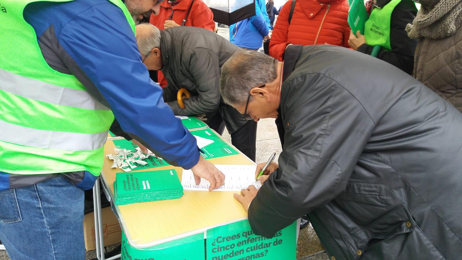 Arranca la recogida de firmas para que se regule el número de pacientes por enfermero