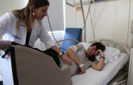 Una matrona diseña un cojín para embarazadas que corrige la posición incorrecta del feto en el parto