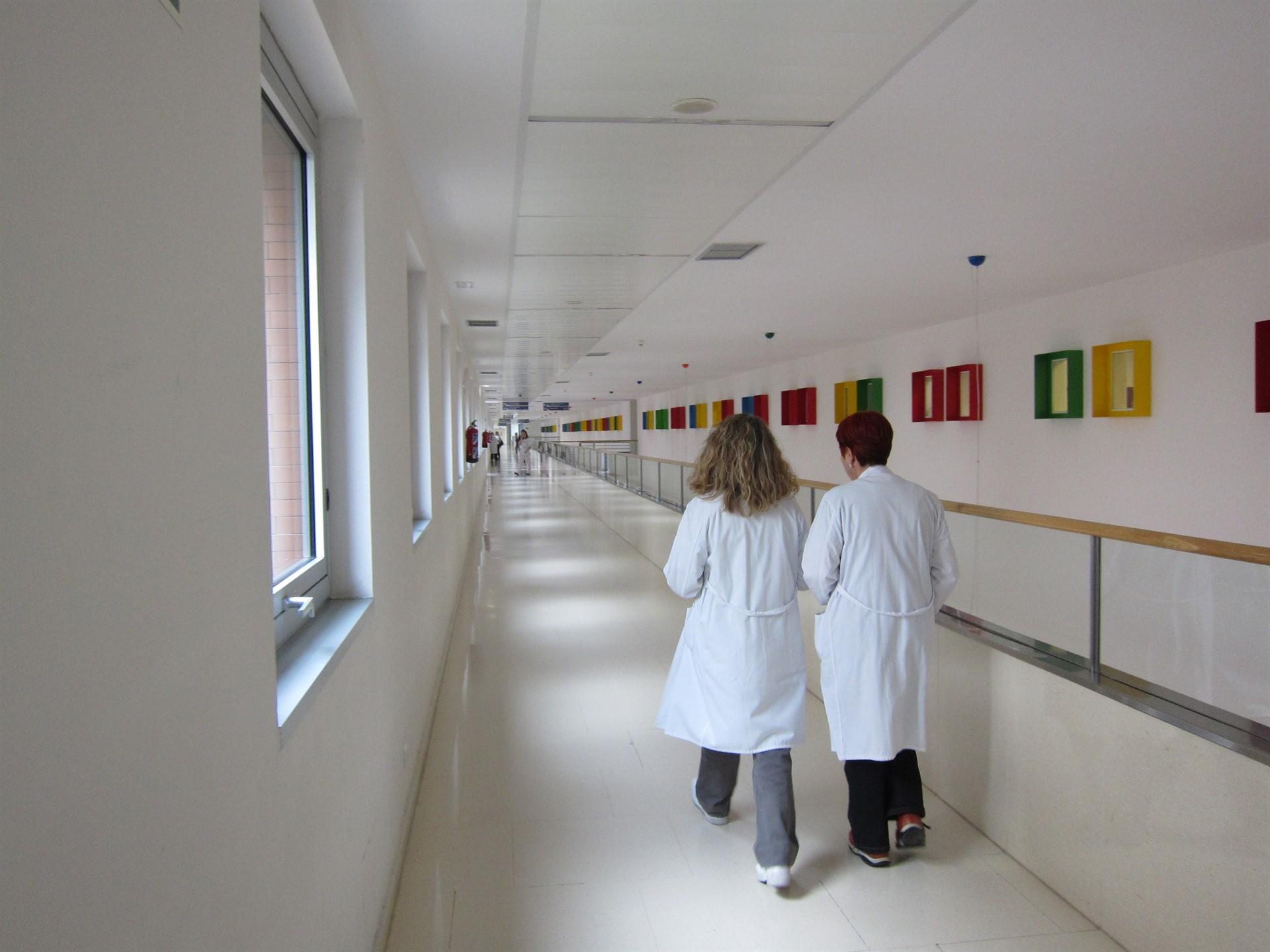 Presentan un modelo de competencias para la gestora enfermera