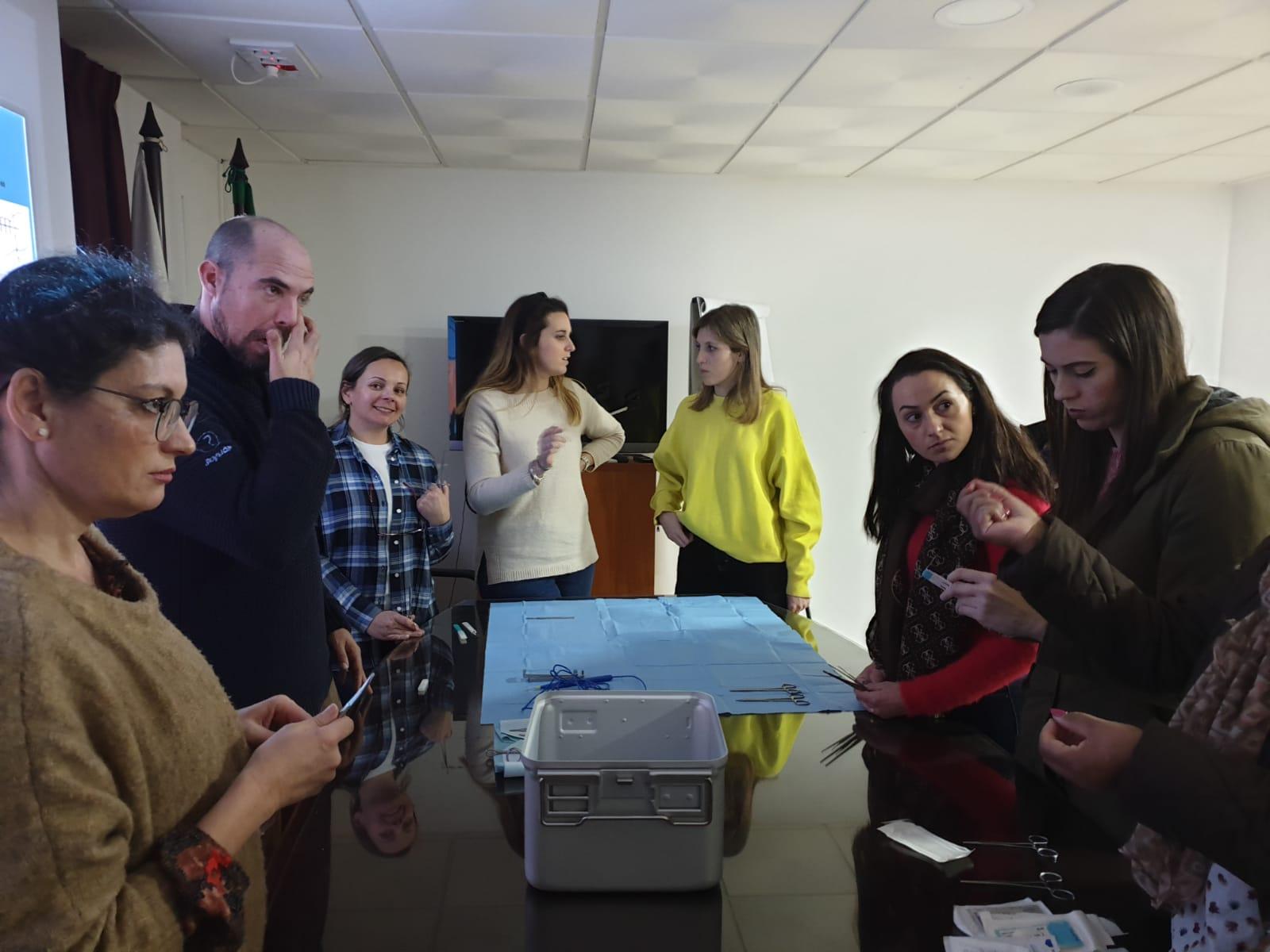 El Colegio de Enfermería de Almería forma a sus profesionales en atención quirúrgica
