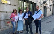 Los enfermeros de prisiones firman para derogar el reglamento que les posiciona como meros ayudantes del médico