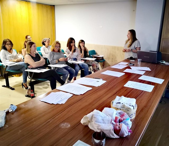 El Colegio de Enfermería de Granada forma a enfermeras en atención y acompañamiento en muerte perinatal
