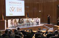 Sanidad reconoce la labor de los profesionales sanitarios en el abordaje del VIH en España