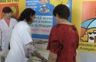 Las enfermeras informan a los pacientes cómo prevenir el cáncer de piel