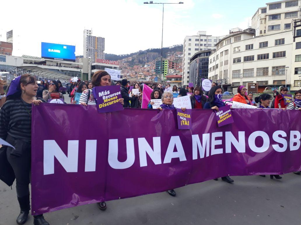Trabajar en familia para acabar con la violencia de género en Bolivia