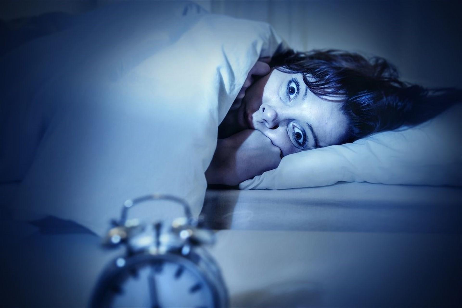 La exposición a luz artificial en el sueño afecta al peso de las mujeres