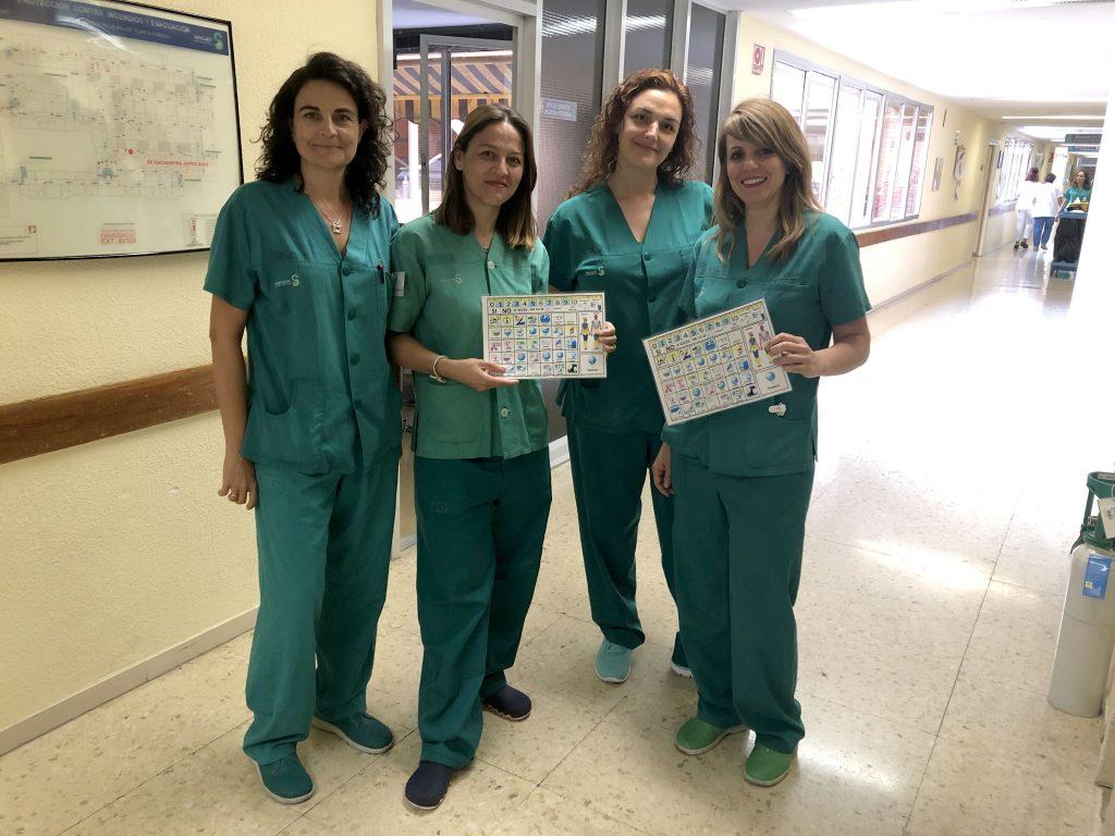 Enfermeras del Hospital de Toledo utilizan pictogramas para pacientes con dificultad de comunicación