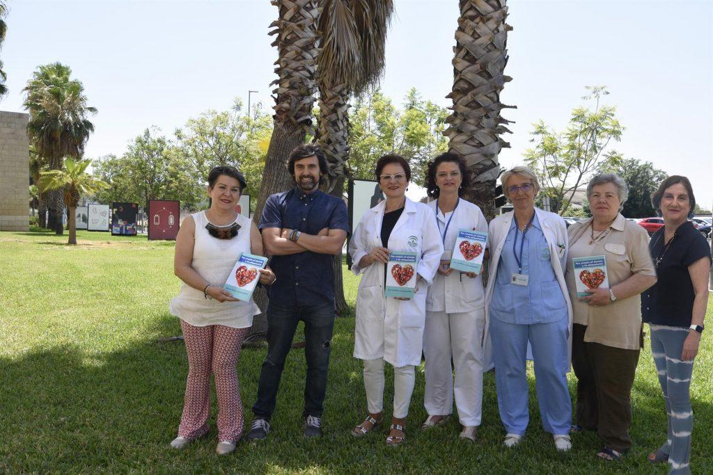 Enfermeras del Hospital Reina Sofía participan en la elaboración de una guía de hábitos cardiosaludables