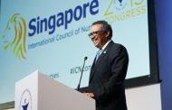 El director general de la OMS reitera su apoyo a las enfermeras en visita sorpresa a Singapur 2019