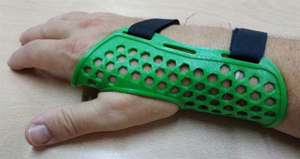 Investigadores españoles desarrollan una silla de rehabilitación y adaptadores de juguetes con tecnología 3D