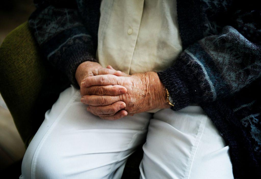 El Supremo anula el decreto de residencias de mayores en Castilla y León que sobrecarga a las enfermeras