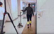 Investigadores diseñan un bastón 'robótico' para mejorar la estabilidad al caminar de personas con movilidad reducida