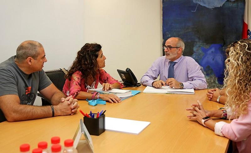 Cantabria creará un grupo interdisciplinar para mejorar la Atención Primaria y la categoría de Enfermería Pediátrica