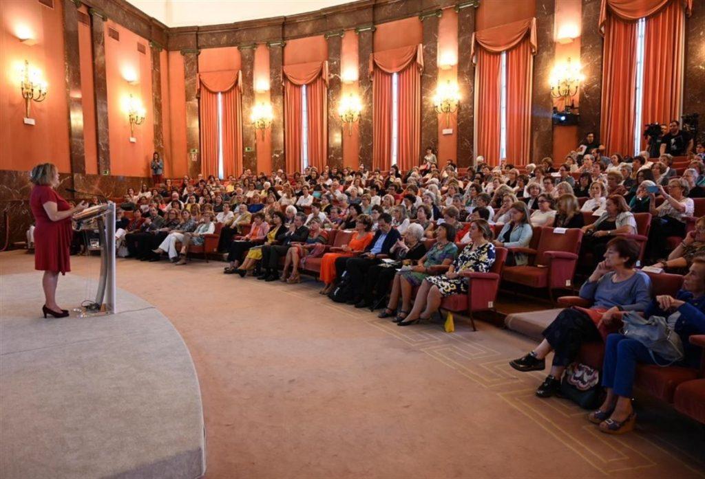 El CSIC rinde homenaje a 250 de sus investigadoras