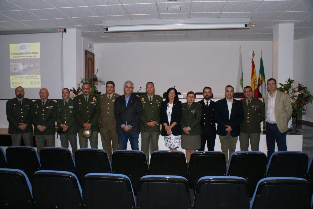 Las enfermeras de Cáceres organizan el I foro de Enfermería Militar