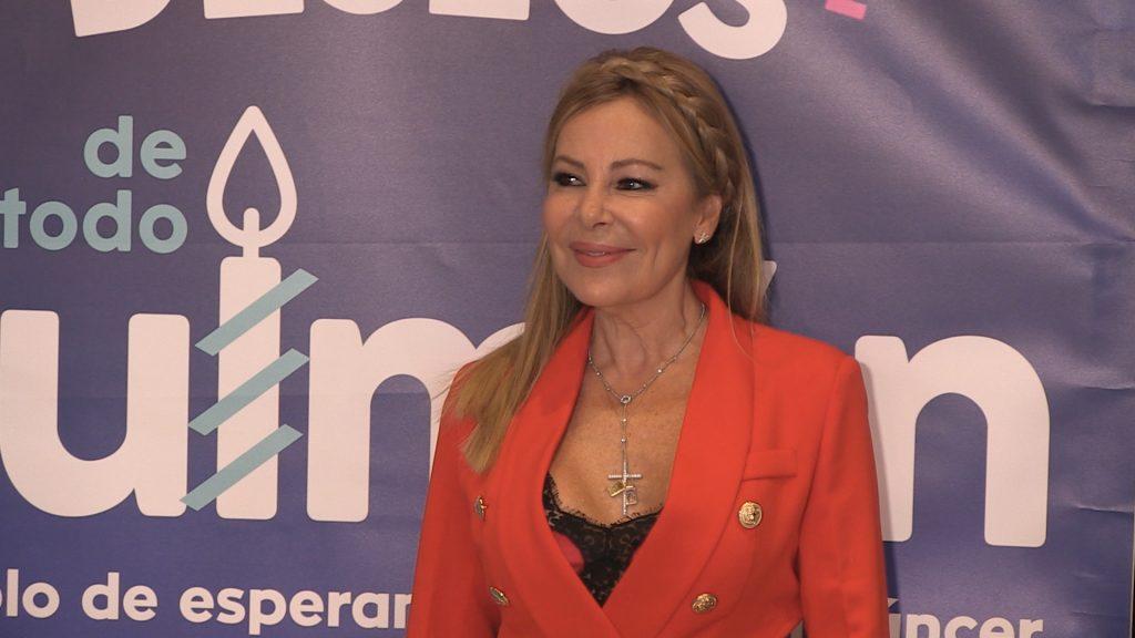"""Ana Obregón: """"En estos malos momentos las enfermeras siempre han estado ahí con una sonrisa"""""""