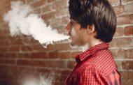 Cae por primera vez el consumo de tabaco en hombres, informa la OMS