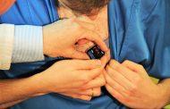 Un cardiólogo español descubre cómo hacer electrocardiogramas completos y fiables con un