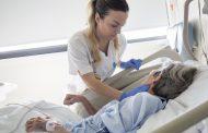 Las enfermeras de Zaragoza defienden la necesidad de dotar a usuarios y familiares del mayor confort y autonomía en el final de su vida