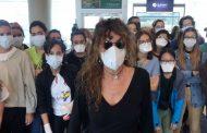 Las 45 enfermeras voluntarias atrapadas en Ecuador por el coronavirus regresan a España