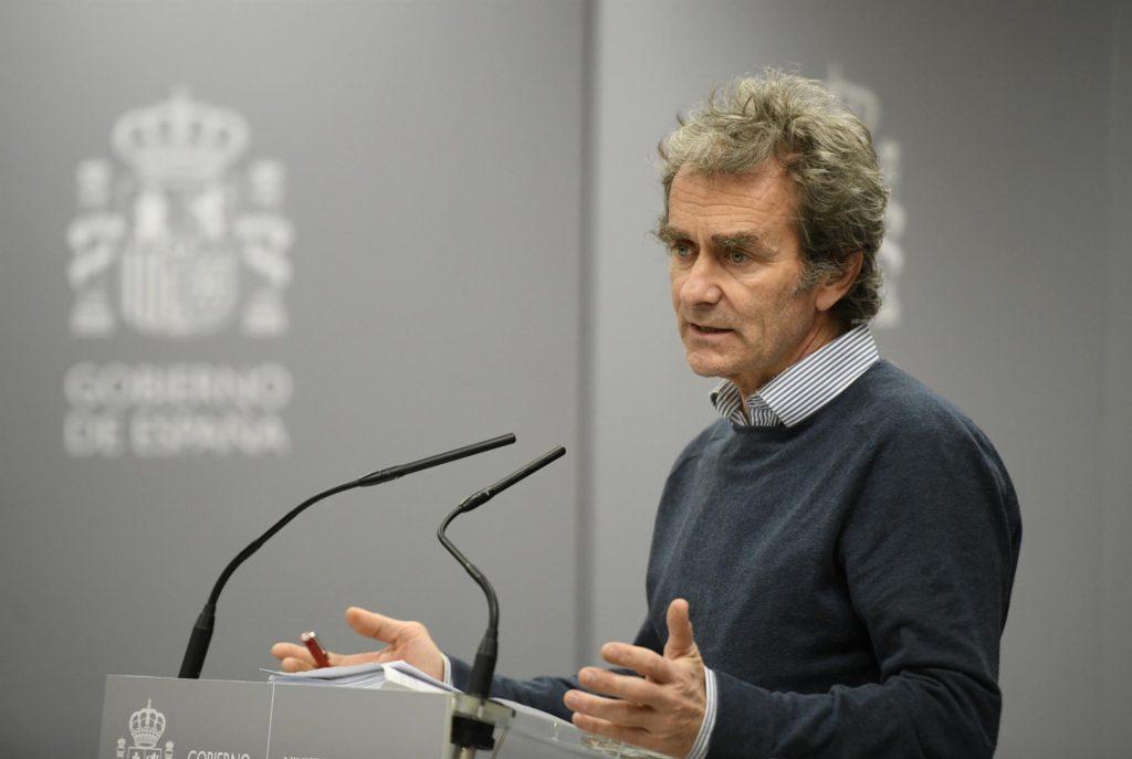 Las enfermeras exigen a Fernando Simón respeto y rigor a la hora de valorar las infecciones de profesionales
