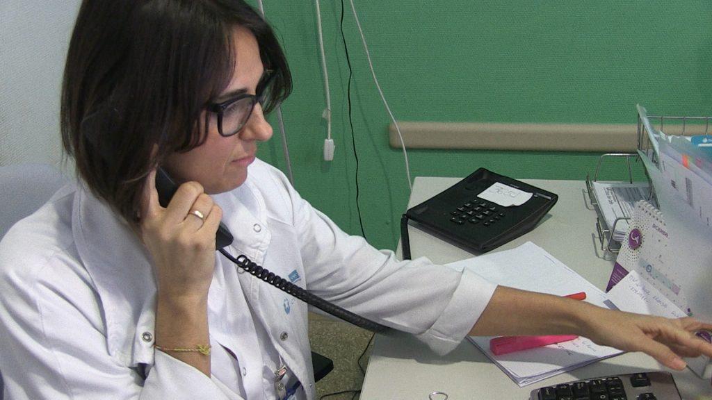 Enfermeras de Madrid realizan desde hoy seguimiento telefónico a personas en aislamiento por coronavirus