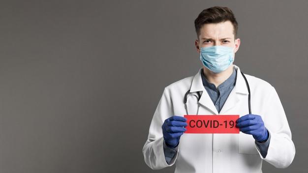 El Colegio de Enfermería de Granada inicia una campaña para recaudar fondos contra la pandemia