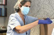 El Colegio de Enfermería de Vizcaya dona 3.000 mascarillas FFP2 y 60 buzos al departamento de Salud del Gobierno Vasco