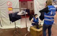 El Colegio de Enfermería de Navarra ha repartido 150.000 dispositivos 'non touch' y 23.000 pantallas de protección
