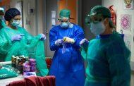El Gobierno aprueba que contagios y muertes por COVID-19 en sanitarios serán accidente de trabajo