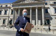 El presidente del CGE presenta en el Congreso 12 medidas para que la reconstrucción de España cuente con la profesión enfermera