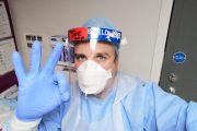 El enfermero español voluntario en la vacuna de Oxford, uno de los hombres del año para la revista <i>Esquire</i>
