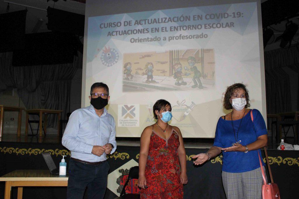 El Colegio de Enfermería de Alicante imparte un curso de actualización en COVID-19 en el entorno escolar al profesorado de los centros educativos