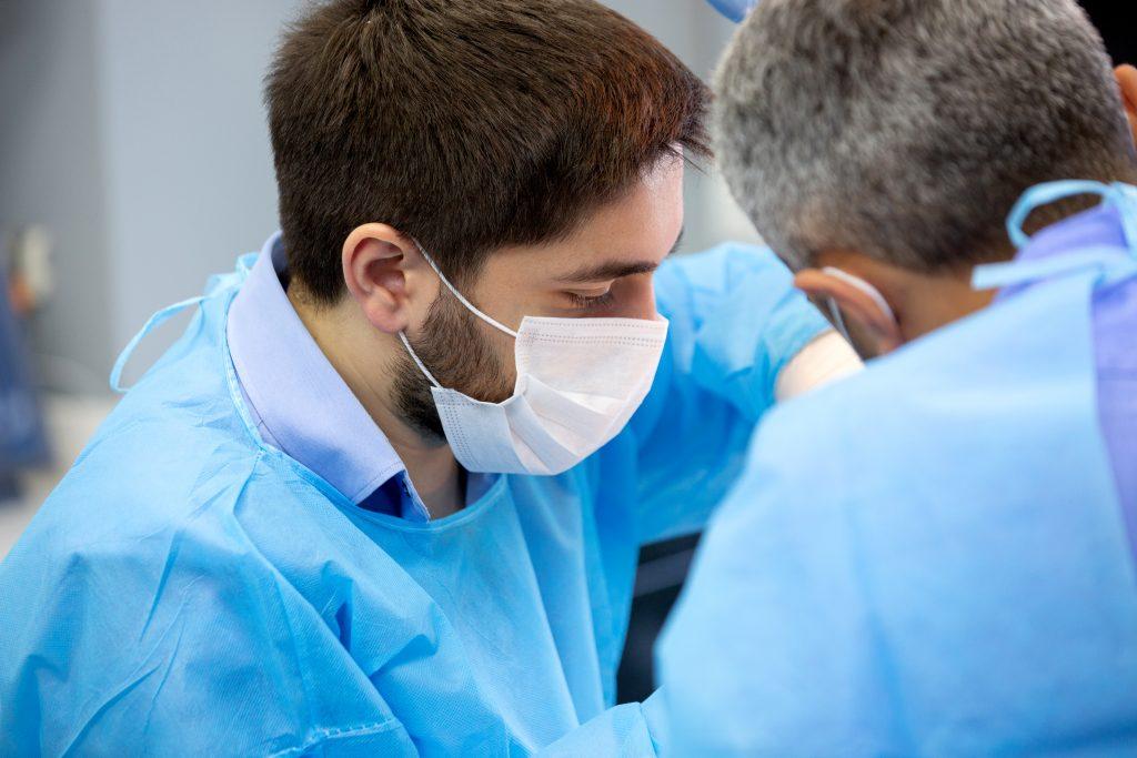 La ineficiente gestión de la pandemia lleva el caosa las facultades de enfermería y evidencia la falta de planificiación del SNS