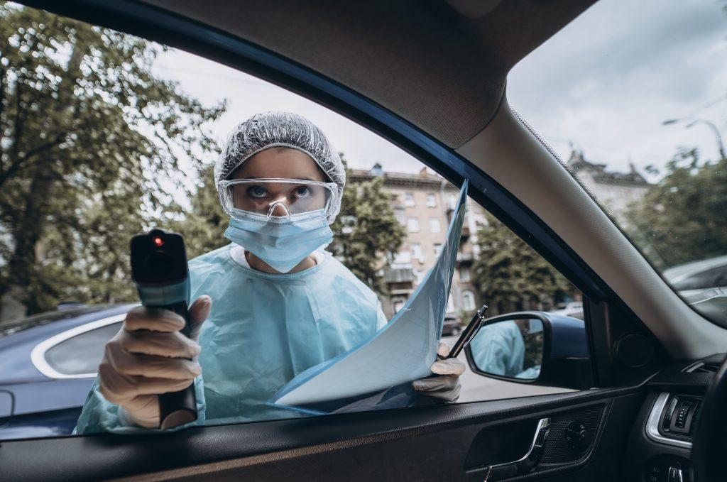 El Colegio de Enfermería de Madrid recuerda que las medidas contra la pandemia deben responder a criterios epidemiológicos y de salud pública