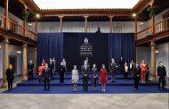 Los sanitarios que luchan contra la pandemia reciben el Premio Princesa de Asturias de la Concordia